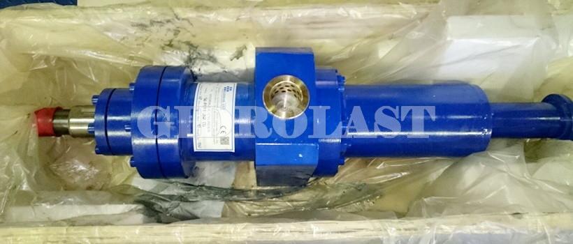 Стандартные цвета гидравлического оборудования - синий и голубой